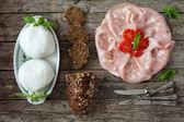 Mortadella, Mozzarella Amd Wholemeal Bread With Seeds — Stock Photo