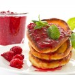 Pancakes with raspberries — Stock Photo #15641129