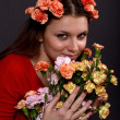 Portrait of a girl with a bouquet of flowers — Stock Photo