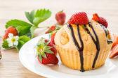 Strawberry muffins — Stock Photo