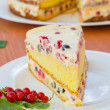 Cake with cream and red currants — Stock Photo #26997819