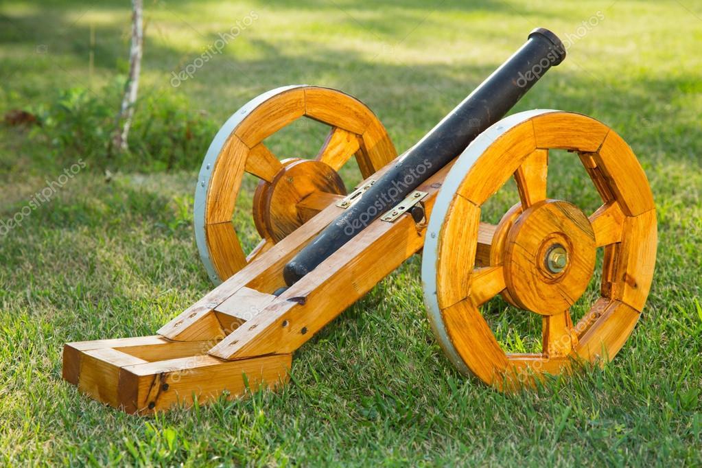 Как сделать пушку из дерева своими руками для сада