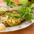 Fried zucchini with garlic mayonnaise — Stock Photo