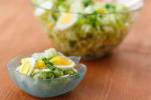 Fresh salad with eggs — Stock Photo