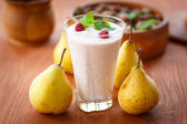 Pear smoothie — Stock Photo