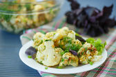 Fried cauliflower with herbs — Stock Photo