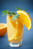 Fresh and fruity brew with oranges  — Stock Photo