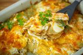 Gebakken aardappel met kaas — Stockfoto