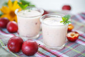 Plum smoothie — Stock Photo