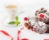 Biscuits sucrés aux noisettes et aux canneberges — Photo