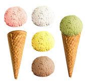 设置独立的冰淇淋蛋筒 — 图库照片