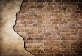 Viejo muro parcialmente dañada — Foto de Stock