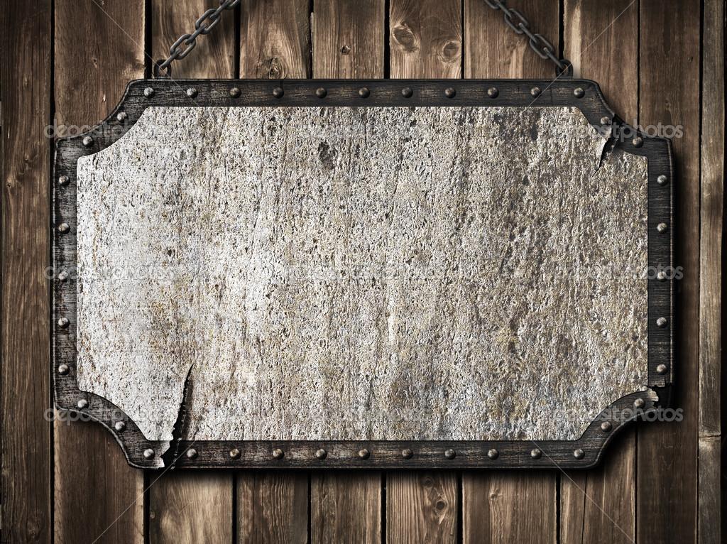 木墙上的中世纪招牌