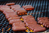 Hot Dogs On The Grill — Zdjęcie stockowe