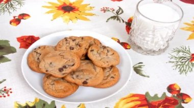 Chocolate Chip Cookies And Milk — Stock Video
