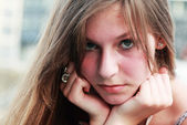 Face portrait of sad young girl — Stock Photo