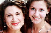 Portrait of mother with teenage daughter — Stock Photo