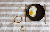 在一家咖啡馆的温和早餐 — 图库照片