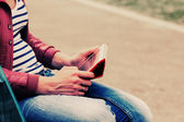 Woman with tablet — Stockfoto