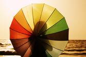 Piękna kobieta z parasolem — Zdjęcie stockowe
