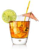 琥珀色的一杯鸡尾酒 — 图库照片
