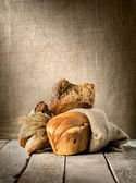 Brot im sortiment — Stockfoto