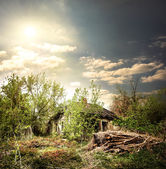 Old collapsed house — Stock Photo