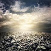 Oscuros nubarrones — Foto de Stock