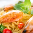 Pasta with shrimps close-up — Stock Photo