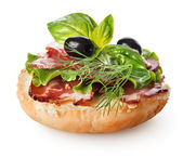 Sandwich with bacon and salad — Stock Photo