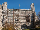 Castle wall reconstruction — Stock Photo