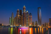 Nightlife in Dubai Marina. UAE. November 14, 2012 — Stock Photo