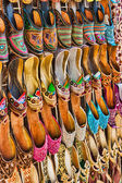 Women's summer shoes in the Eastern market in Dubai — Stock Photo