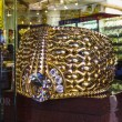 The biggest gold ring in Deira Gold Souq weighs 63.85kg. on Nove — Stock Photo #25233597