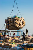 DUBAI, UAE-NOVEMBER 13: Loading a ship in Port Said on November — Stock Photo