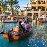 DUBAI, UAE - NOVEMBER 15: View of the Souk Madinat Jumeirah — Stock Photo #28611273