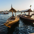 Boote in der Bucht Creek in Dubai, Vereinigte Arabische Emirate — Stockfoto #39624065