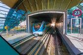 Dubai metro als's werelds langste volledig geautomatiseerd metronet — Stockfoto