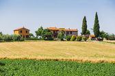 Landscape with toscana village — Stock Photo