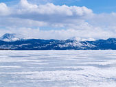 Frozen Lake Laberge winter landscape Yukon Canada — Stock Photo