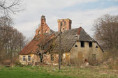 Old destroyed house — Stock Photo