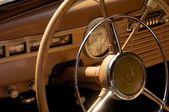 Salong av retro bil chayka — Stockfoto