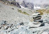 Znak ścieżka na włoskich alpach — Zdjęcie stockowe