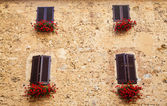 Windows in Tuscany — Stock Photo