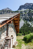 Mountain cottage — Stock Photo