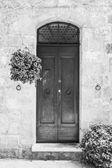 тосканской дверь — Стоковое фото