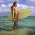 Blond in bikini with surfboard — Stock Photo #26515461
