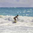Blond girl surfing the waves - Foto de Stock