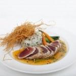 Seared ahi tuna with sushi roll — Stock Photo #45191011