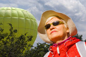 The woman on the background of the balloon — Stock Photo